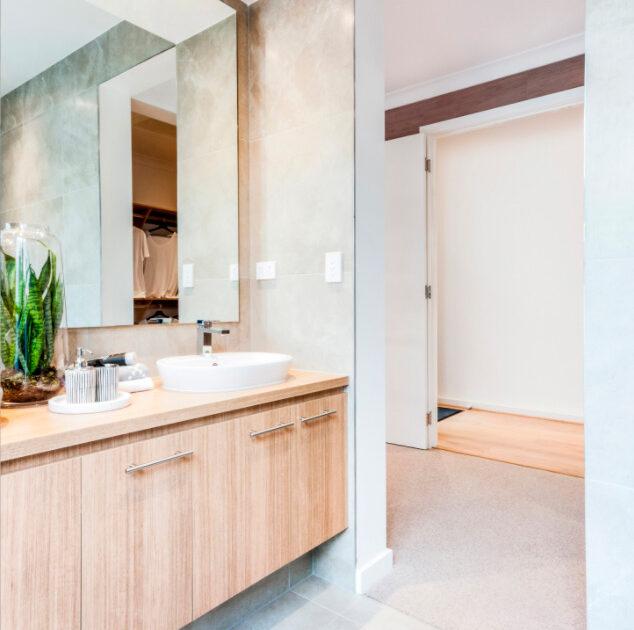 ensuite modern bathroom in a display home