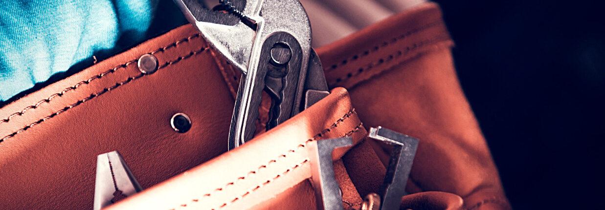 a handyman tool belt